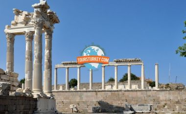 4 Days Gallipoli, Troy, Pergamum, Ephesus and Pamukkale Tour